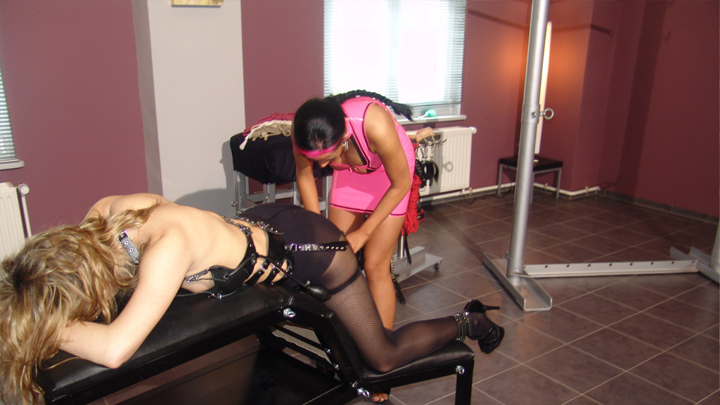 Slave Emilie gets a treatment from Lady Kate