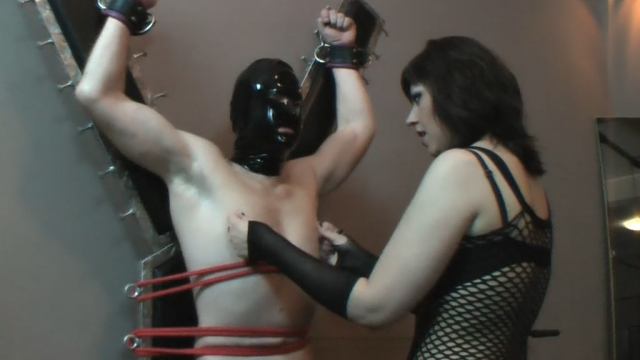 A pressure and humiliation test for a slave